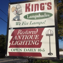 Kings lamps sign